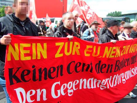 DKP-Transparent gegen EU und Krieg